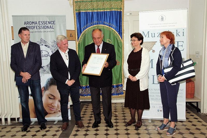 Otvorenje izložbe na Farmaceutsko-biokemijskom fakultetu Sveučilišta u Zagrebu