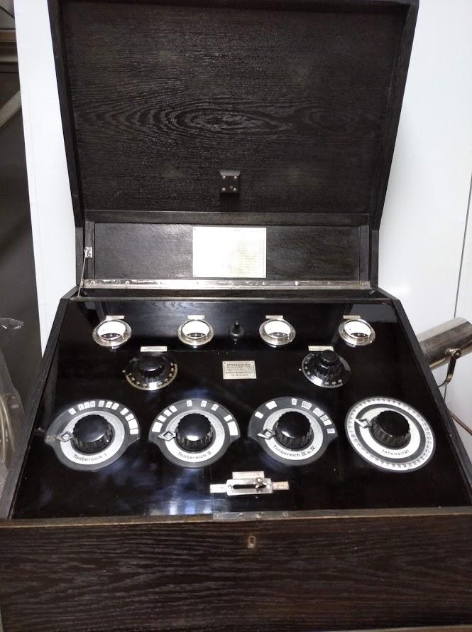 Restaurirani medicinski uređaj vraćen u Muzej